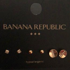 Banana Republic NWT. Retail 29.99 3 pair earrings
